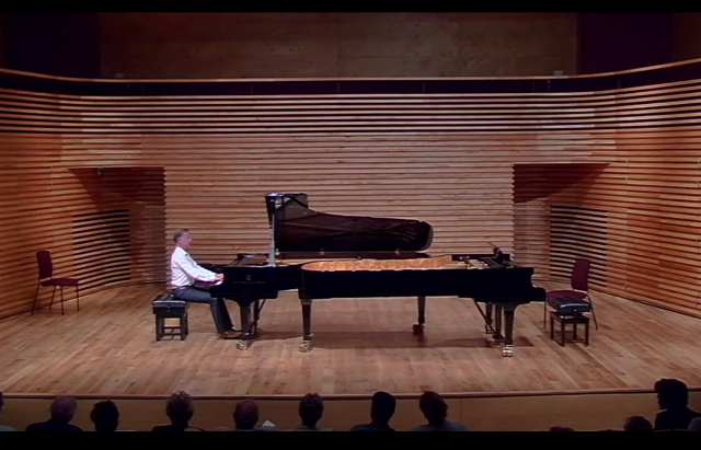 Dominic Alldis @ Menuhin Hall 2015